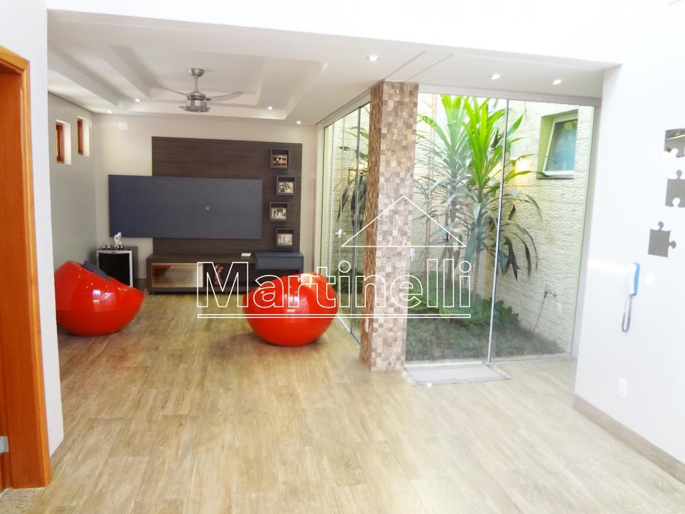 Alugar Casa / Condomínio em Cravinhos R$ 2.600,00 - Foto 2