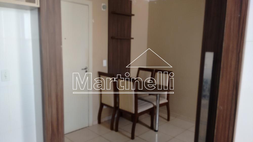 Alugar Apartamento / Padrão em Ribeirão Preto. apenas R$ 520,00