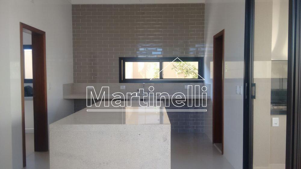 Comprar Casa / Condomínio em Ribeirão Preto - Foto 3