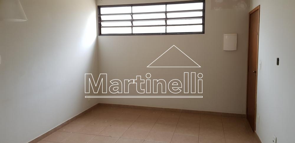 Comprar Apartamento / Padrão em Ribeirão Preto apenas R$ 140.000,00 - Foto 2
