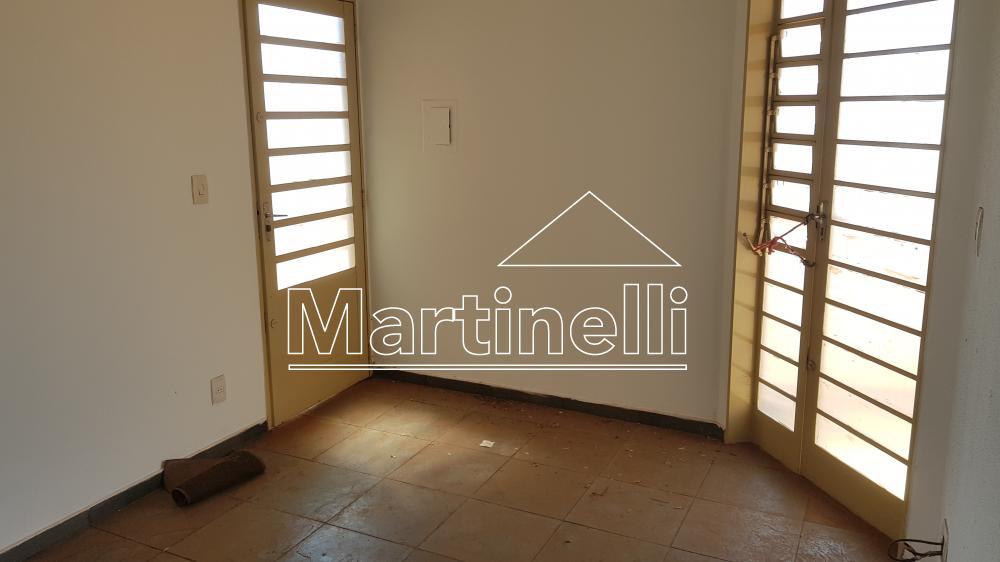 Comprar Apartamento / Padrão em Ribeirão Preto apenas R$ 110.000,00 - Foto 1