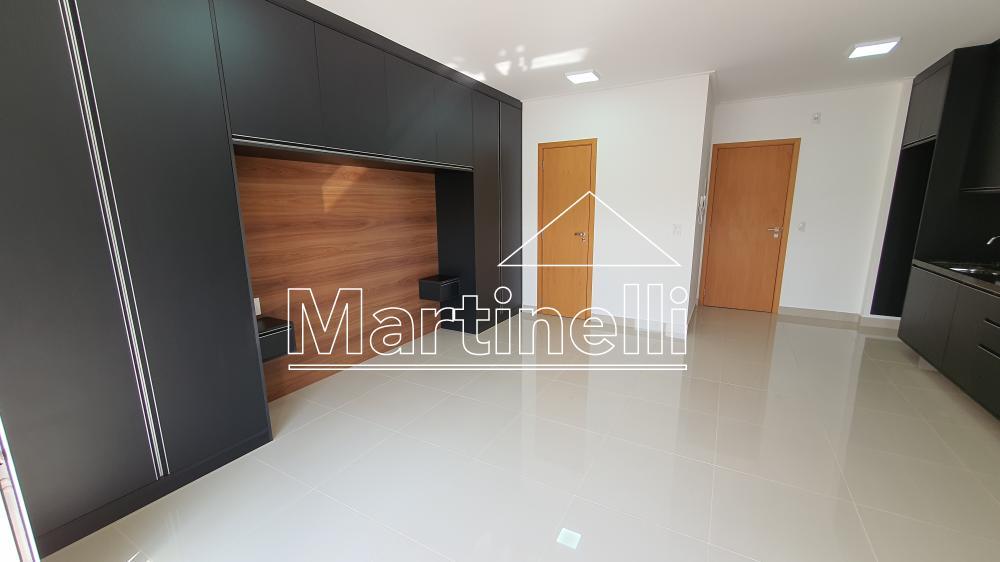 Alugar Apartamento / Kitnet/Flat em Ribeirão Preto R$ 1.800,00 - Foto 4