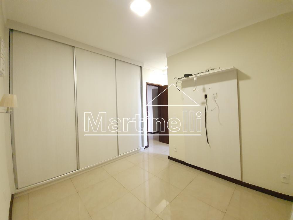 Alugar Apartamento / Padrão em Ribeirão Preto R$ 1.800,00 - Foto 9