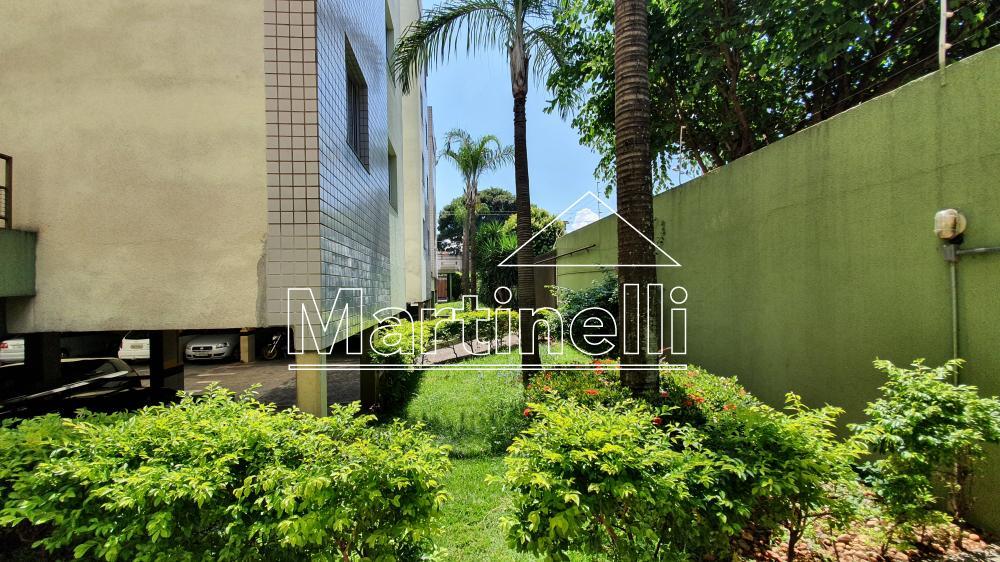 Alugar Apartamento / Padrão em Ribeirão Preto R$ 1.000,00 - Foto 12