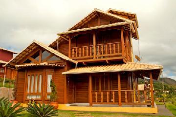 Conheça as vantagens de ter uma casa de madeira