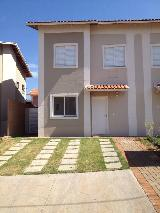 Alugar Casa / Condomínio em Ribeirão Preto. apenas R$ 1.550,00
