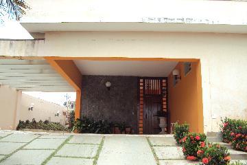 Alugar Casa / Padrão em Ribeirão Preto. apenas R$ 1.000.000,00