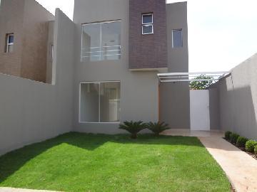 Alugar Casa / Padrão em Bonfim Paulista. apenas R$ 349.000,00