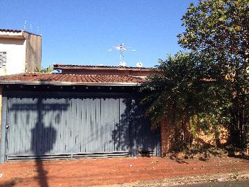 Alugar Casa / Padrão em Ribeirão Preto. apenas R$ 500.000,00