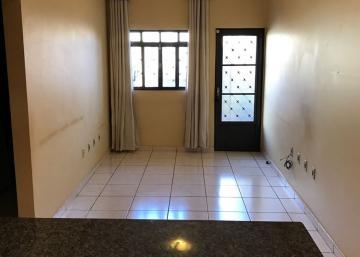 Alugar Casa / Padrão em Ribeirão Preto. apenas R$ 960,00