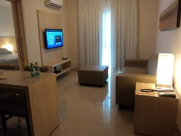 Alugar Apartamento / Padrão em Ribeirão Preto. apenas R$ 1.800,00