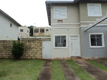 Alugar Casa / Condomínio em Ribeirão Preto. apenas R$ 1.500,00