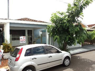Alugar Casa / Padrão em Ribeirão Preto. apenas R$ 300.000,00