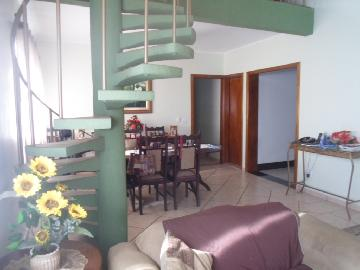 Alugar Casa / Padrão em Ribeirão Preto. apenas R$ 690.000,00