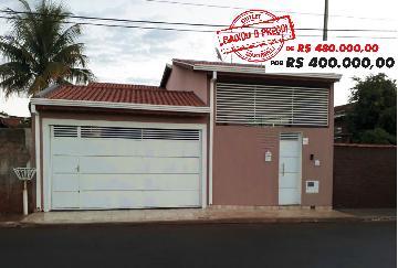 Alugar Casa / Padrão em Serra Azul. apenas R$ 400.000,00
