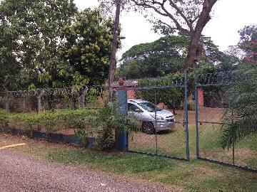 Alugar Rural / Ranchos em Condomínio em Altinópolis. apenas R$ 290.000,00