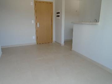Alugar Apartamento / Padrão em Ribeirão Preto. apenas R$ 1.560,00