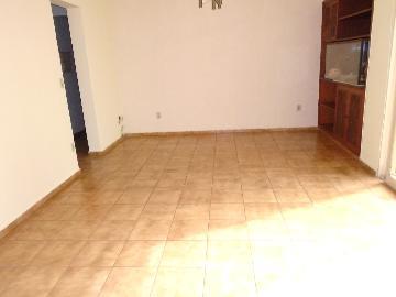 Alugar Apartamento / Padrão em Ribeirão Preto. apenas R$ 990,00