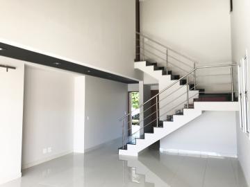 Alugar Casa / Condomínio em Ribeirão Preto. apenas R$ 1.080.000,00
