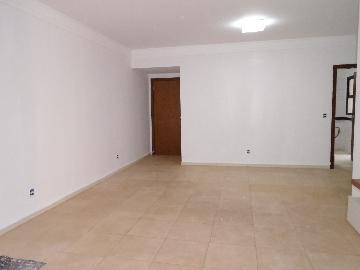 Alugar Apartamento / Padrão em Ribeirão Preto. apenas R$ 2.600,00