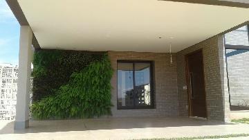 Comprar Casa / Condomínio em Ribeirão Preto - Foto 2