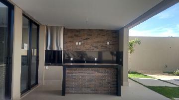 Comprar Casa / Condomínio em Ribeirão Preto - Foto 9