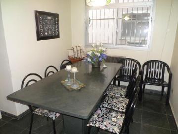 Alugar Apartamento / Padrão em Guarujá. apenas R$ 205.000,00