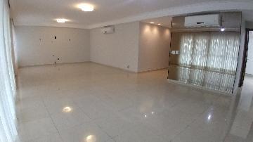 Alugar Apartamento / Padrão em Ribeirão Preto. apenas R$ 12.000,00