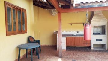 Casa / Condomínio em Ribeirão Preto Alugar por R$2.600,00