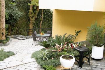 Alugar Casa / Padrão em São Paulo. apenas R$ 2.900.000,00