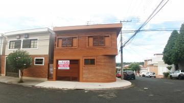 Casa / Padrão em Ribeirão Preto Alugar por R$1.100,00