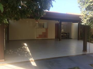 Alugar Casa / Condomínio em Ribeirão Preto. apenas R$ 450.000,00