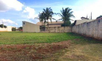 Comprar Terreno / Condomínio em Cravinhos. apenas R$ 140.000,00