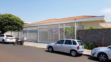 Casa / Padrão em Ribeirão Preto Alugar por R$4.300,00