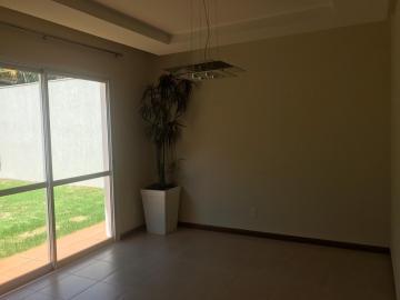 Casa / Condomínio em Ribeirão Preto Alugar por R$3.500,00