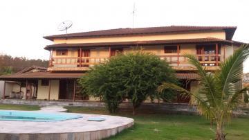 Alugar Casa / Padrão em Colina. apenas R$ 1.100.000,00