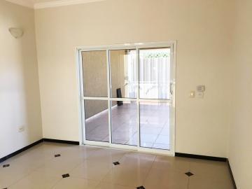 Casa / Padrão em Ribeirão Preto , Comprar por R$405.000,00