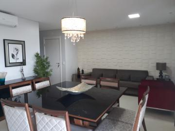 Apartamento / Padrão em Ribeirão Preto Alugar por R$3.800,00