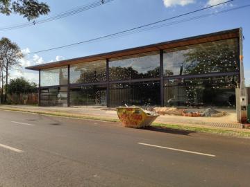 Imóvel Comercial / Salão em Ribeirão Preto Alugar por R$4.000,00