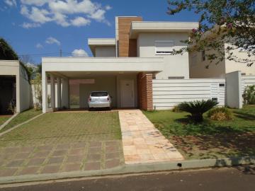 Casa / Condomínio em Ribeirão Preto Alugar por R$3.400,00
