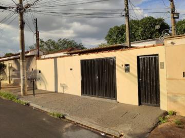 Casa / Padrão em Ribeirão Preto Alugar por R$550,00
