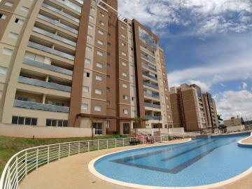 Apartamento / Padrão em Bonfim Paulista