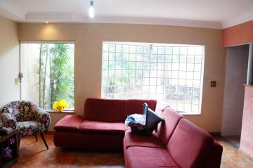 Alugar Casa / Padrão em Ribeirão Preto. apenas R$ 370.000,00