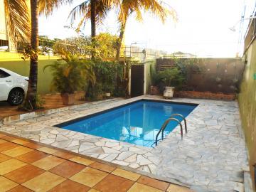 Alugar Casa / Padrão em Ribeirão Preto. apenas R$ 730.000,00