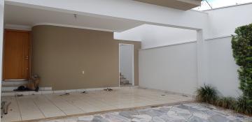 Alugar Casa / Padrão em Ribeirão Preto. apenas R$ 2.562,93