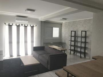 Alugar Apartamento / Padrão em Ribeirão Preto. apenas R$ 300.000,00