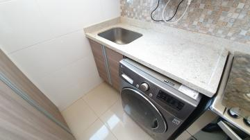 Alugar Apartamento / Padrão em Ribeirão Preto R$ 1.300,00 - Foto 9