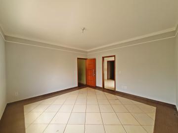 Alugar Casa / Padrão em Brodowski R$ 1.100,00 - Foto 4
