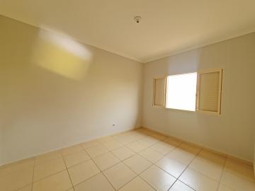 Alugar Casa / Padrão em Brodowski R$ 1.100,00 - Foto 15