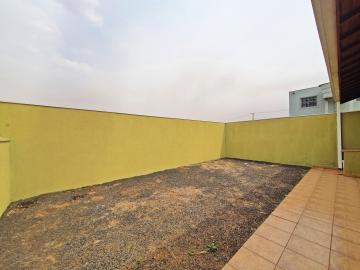 Alugar Casa / Padrão em Brodowski R$ 1.100,00 - Foto 18